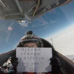 Благодарность за подарок - полет на истребителе!.