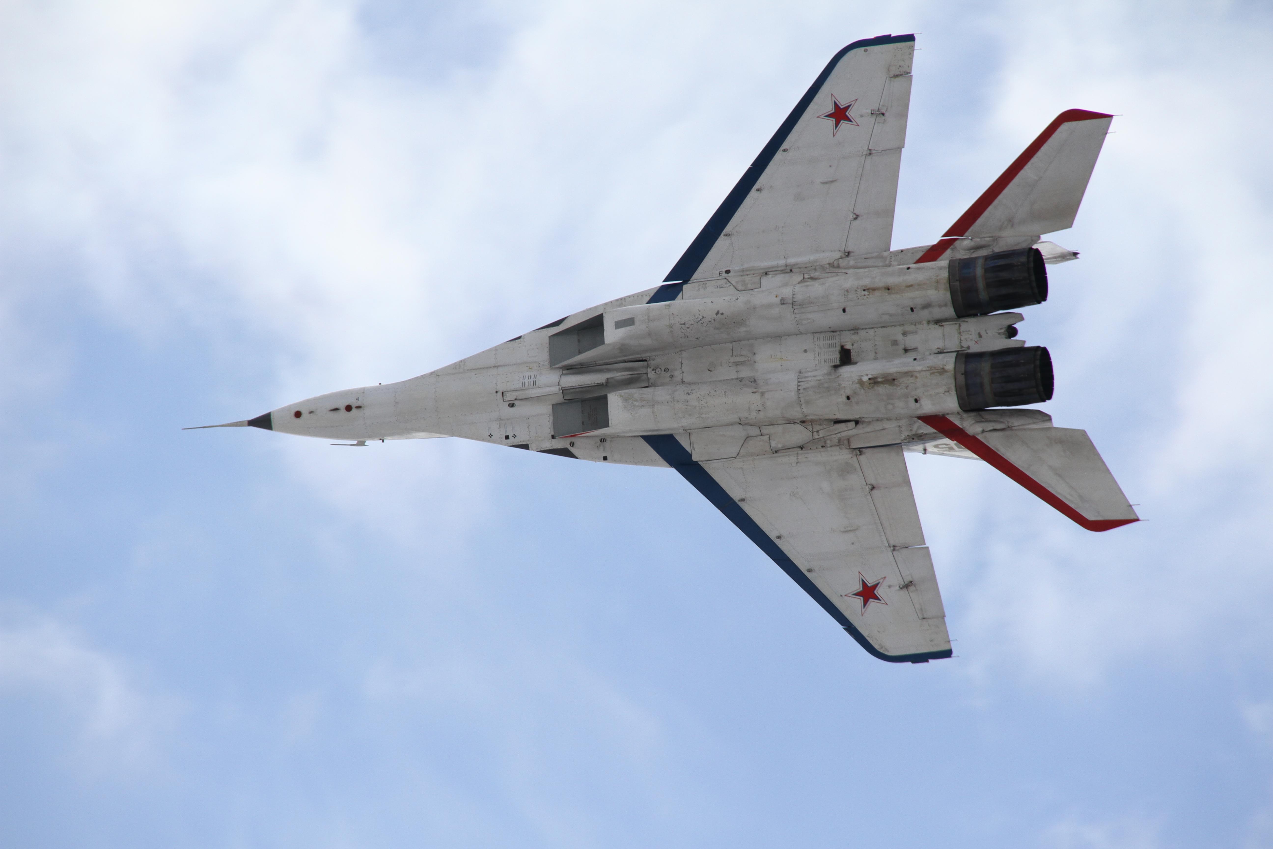 полет на сверхзвуковом истребителе МиГ-29