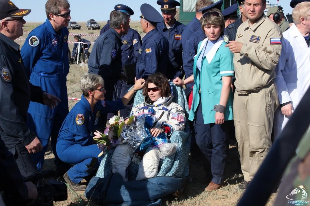 Тур на посадку космонавтов